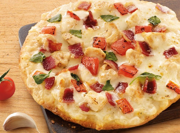 Chicken & Bacon Ranch Pizza